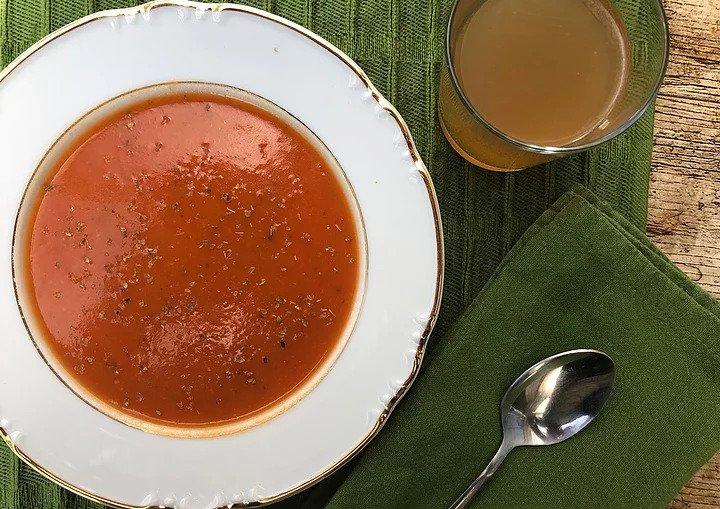 Tomato and Basil Broth Soup